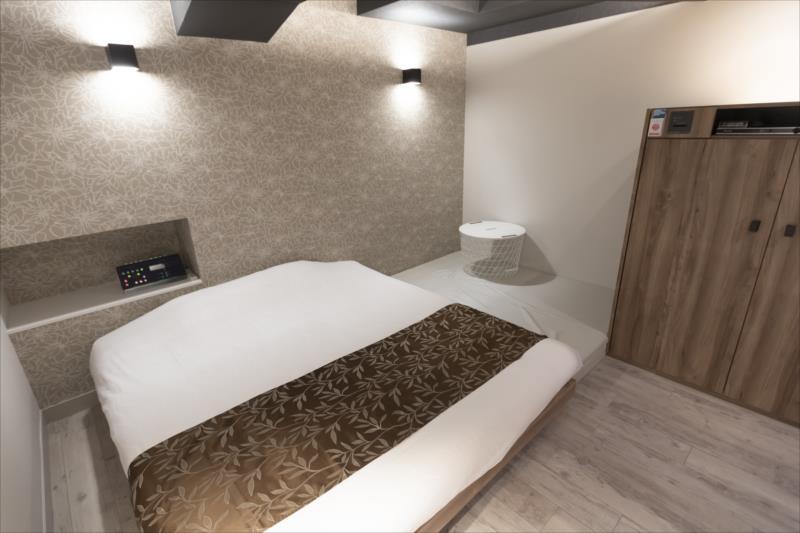 Room 201-a