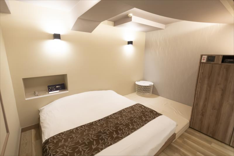 Room 301-b