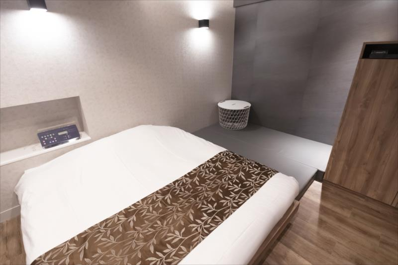 Room 601-b