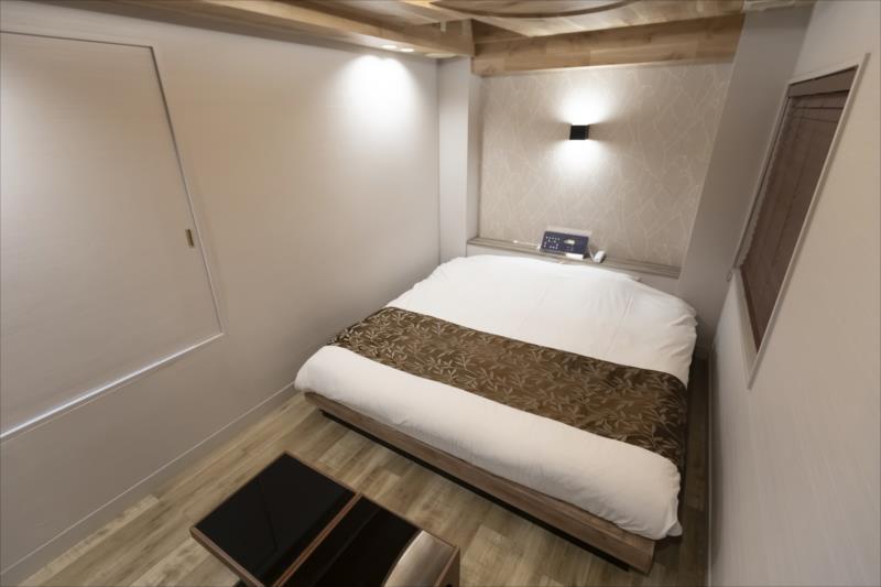 Room 703-c